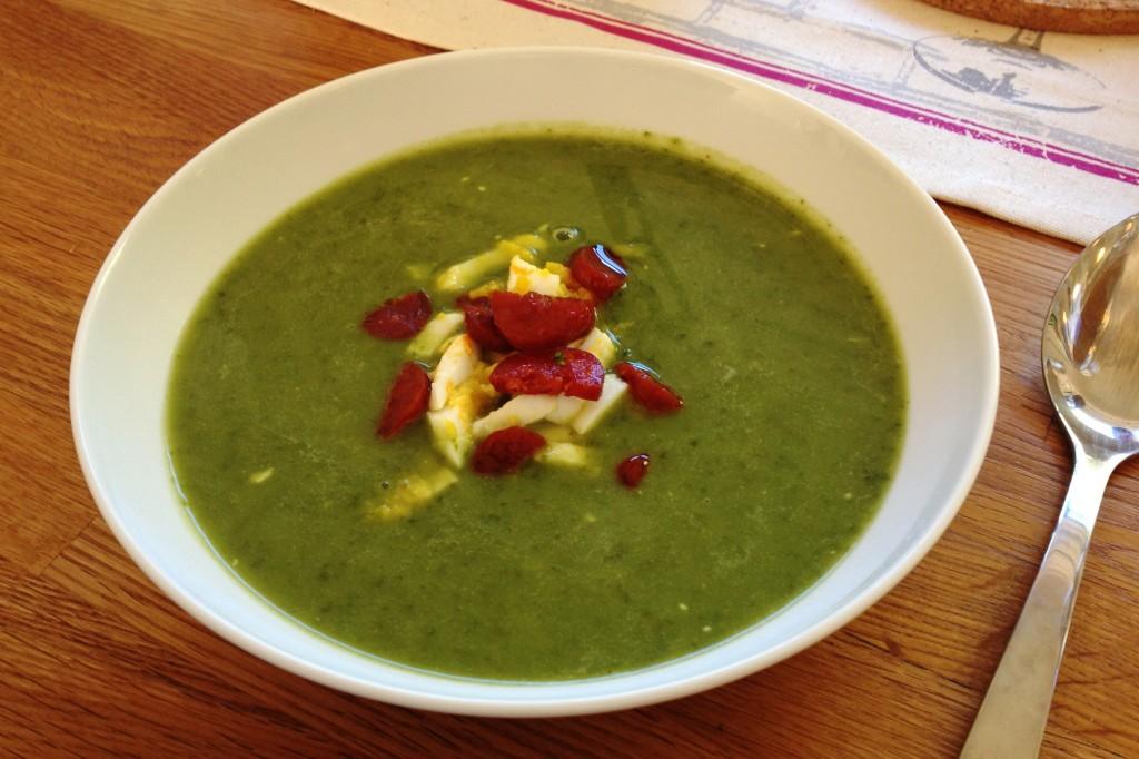 Spinat- og grønnkålsuppe